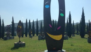 Backyard Art – Enzo Pazzagli Art Park